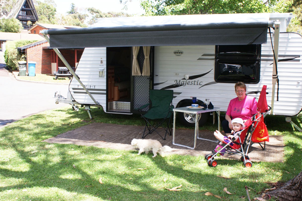 warrnambool caravan parks